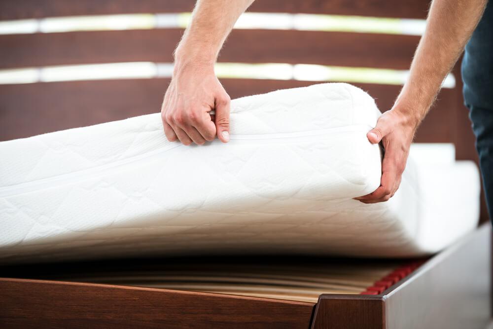 wie lange halten matratzen infos tipps zur haltbarkeit. Black Bedroom Furniture Sets. Home Design Ideas